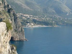 mare.grotta-roccia