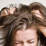 Prurito in testa: cause e rimedi